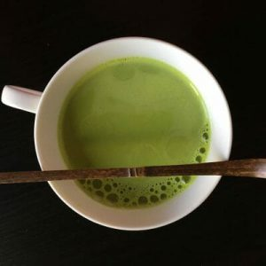 How to prepare Matcha maple almond matcha latte