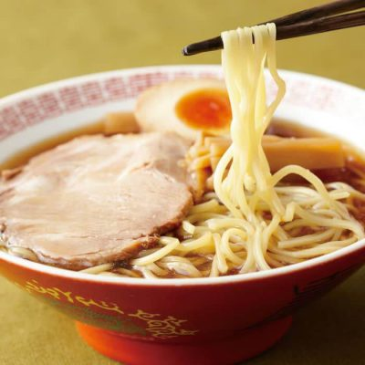 Easy shoyu ramen made with Japanese-style chicken soup stock-A