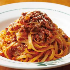 Fettuccine Bolognese (pasta with meat sauce)-A