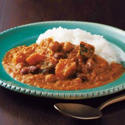 Indian-style curry with vegetables and beans-A