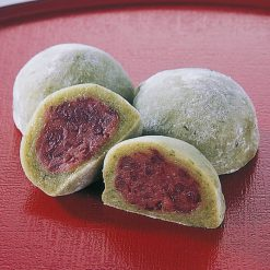 Yomogi daifuku mochi with chunky red bean paste-A