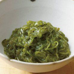 Julienned mekabu seaweed-A